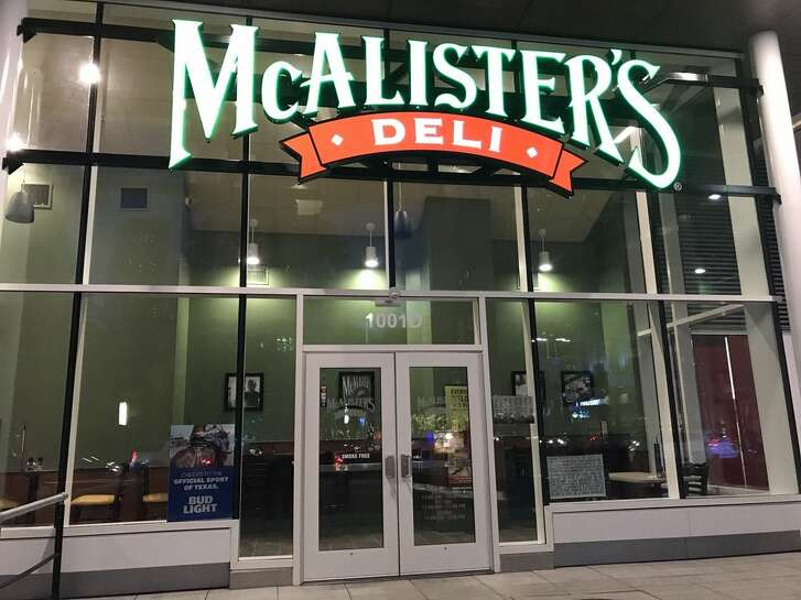 McAlister's Deli, one of the original restaurant tenants at Avenida Houston, has closed.