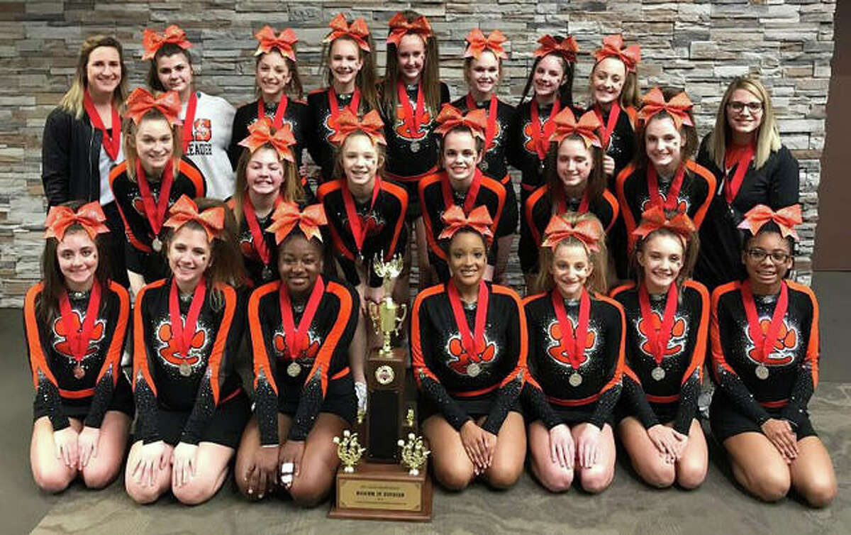 Junior Varsity placed second in the state in the Medium Junior Varsity Division. The Junior Varsity will perform at Southwestern Conference at Alton High School on Saturday, Jan. 19.