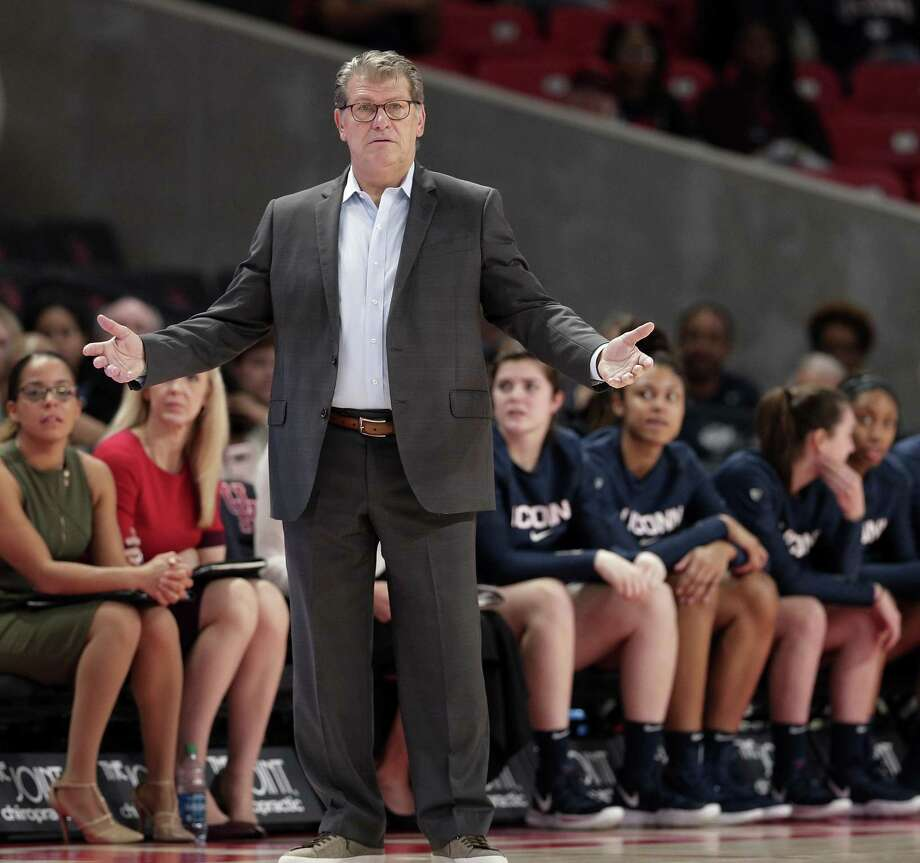 UConn coach Geno Auriemma reacts to a foul call during the second half Sunday's win at Houston. Photo: Michael Wyke / Associated Press / Copyright 2019 The Associated Press. All rights reserved.