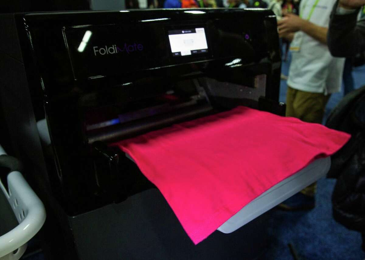 Meet all the cute, friendly, useful robots of CES 2019 The Foldimate may look like a printer, but it's really an advanced laundry robot. Its makers say it can fold a