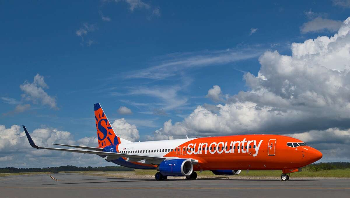 Sun Country will use a Boeing 737-800 to fly between SFO and Honolulu