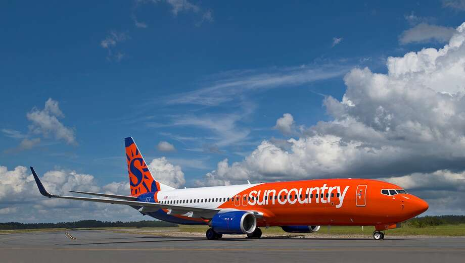 Sun Country will use a Boeing 737-800 to fly between SFO and Honolulu Photo: Sun Country Airlines