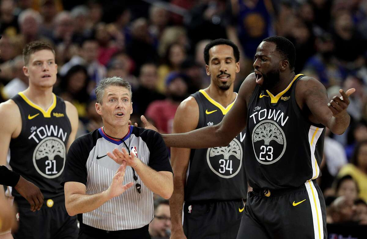 Draymond Green (23) has a technical foul called on him in the second half as the Golden State Warriors played the Los Angeles Clippers at Oracle Arena in Oakland, Calif., on Sunday, December 23, 2018.