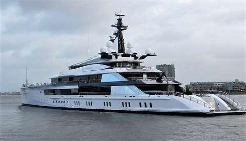 Dallas Cowboys Owner Jerry Jones Buys 250 Million Superyacht
