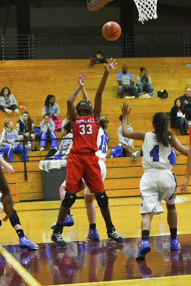 Standout senior post Christina Thomas (33) has Tomball in title contention in District 20-5A under head coach Doug Barncastle. Photo: Tony Gaines/ HCN, Photographer