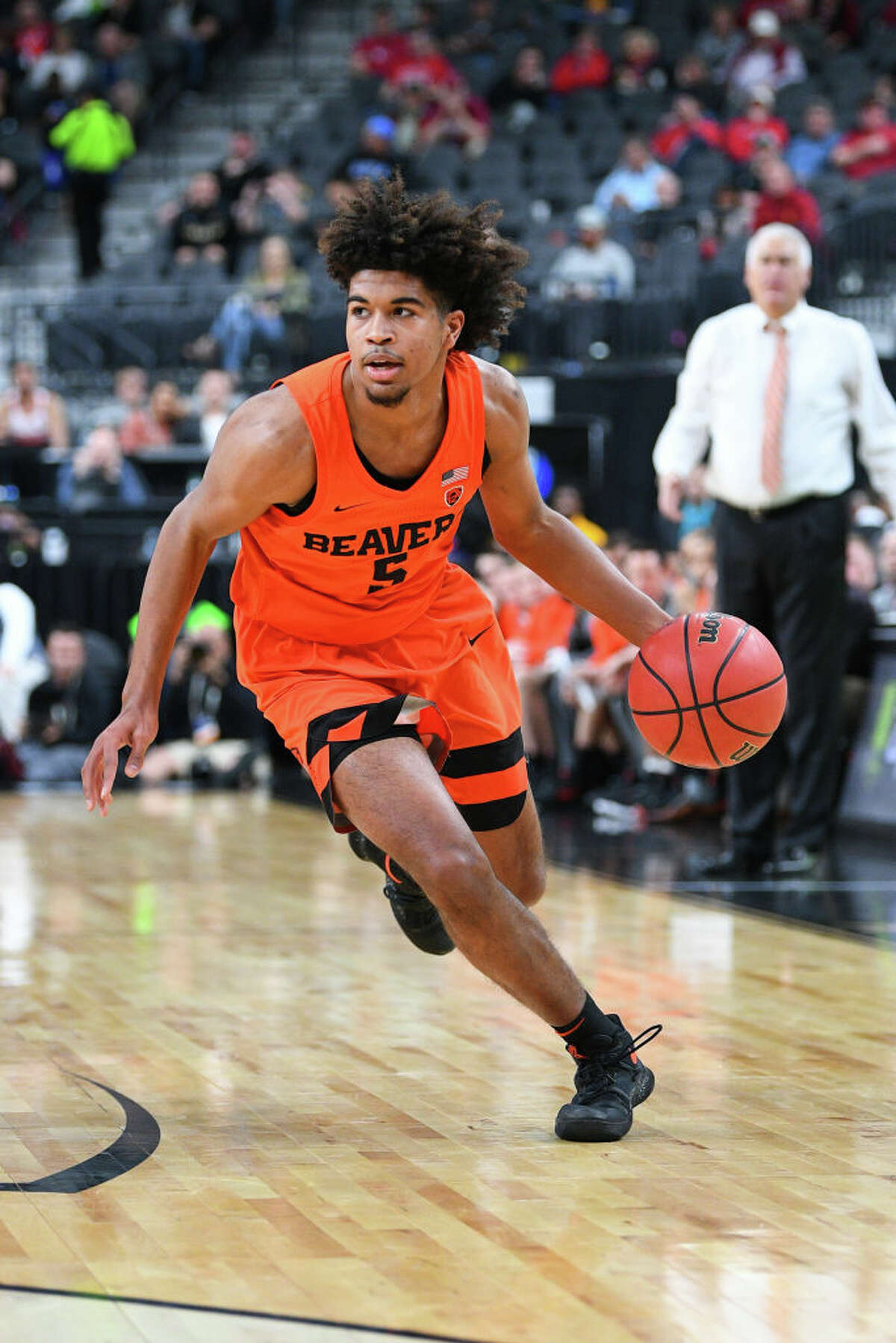 3. Oregon State Beavers (9-4, 1-0 Pac-12) Despite the rival Ducks being picked to win the conference before the season started, the Beavers knocked them off 77-72 on the road to start Pac-12 play. On the negative side of things though, Oregon State has yet to beat a ranked team, and all of their losses have come against unranked opponents. The Beavers are riding high on the success of forward Tres Tinkle, who is averaging 20.5 points and 8.6 boards per game. Time will tell if OSU can keep winning, but they're in the top half of the conference for now.