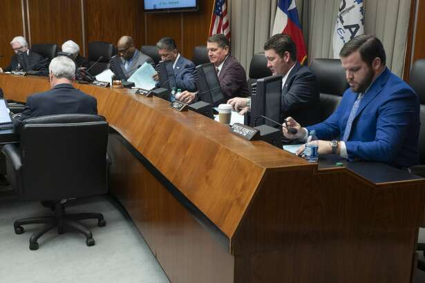 Midland City Council members, Spencer Robnett, J. Ross Lacy, Scott Dufford, Mayor Jerry Morales, John Love III, Sharla Hotchkiss and Michael Trost 01/08/19. Tim Fischer/Reporter-Telegram