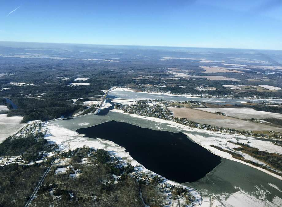 FILE — Wixom Lake, looking West, as seen from the air. (Photo provided/Dot Hornsby) Photo: (Photo Provided/Dot Hornsby)