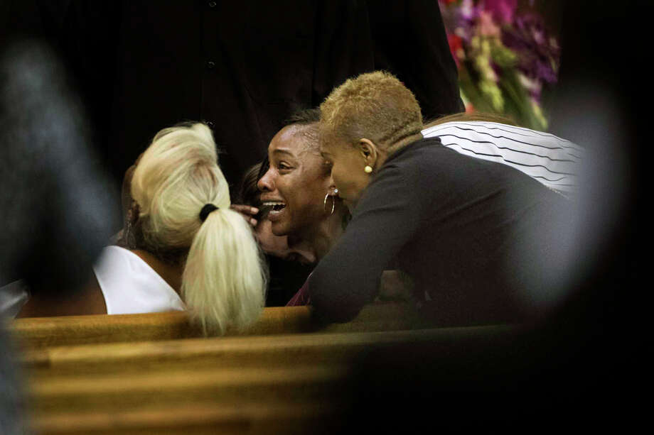 LaPorsha Washington, mother of Jazmine Barnes attends the funeral of her seven-year-old daughter on Tuesday ay The Community of Faith Church, Jan. 8, 2019, in Houston. Photo: Marie D. De Jesús, Staff Photographer / © 2019 Houston Chronicle