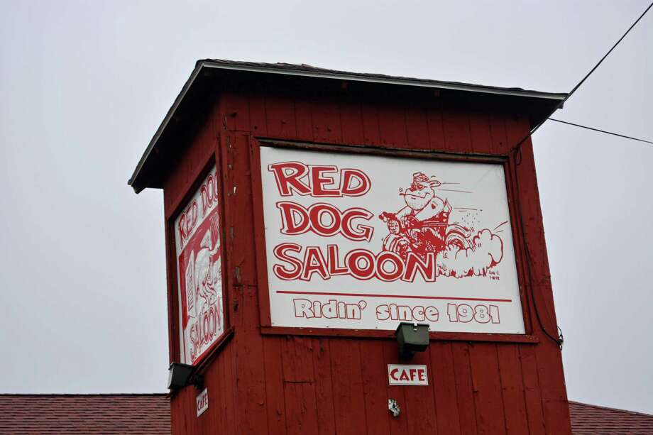 The Red Dog Saloon at 222 Meriden Road/Route 66 in Middlefield closed recently. Its neon-lit Lite Beer, Rolling Rock and Molson signs, which greeted motorists who whizzed by, went dark Saturday, according to First Selectman Ed Bailey. Photo: Hearst Connecticut Media