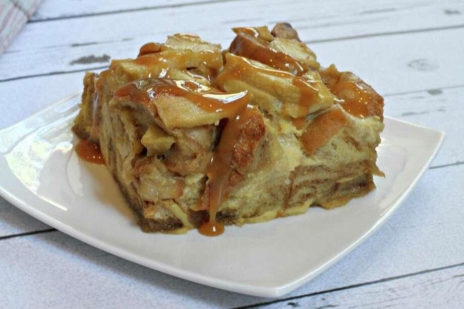 Caramel apple bagel bread pudding Photo: Courtesy Of Thomas'® /