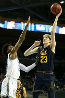 LOS ANGELES, CALIFORNIA - JANUARY 05: Jalen Hill #24 of the UCLA Bruins blocks a shot by Connor Vanover #23 of the California Golden Bears during the first half at Pauley Pavilion on January 05, 2019 in Los Angeles, California. (Photo by Katharine Lotze/Getty Images)