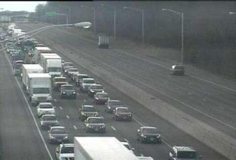 Truck accident closes SB lanes of I-95 - New Haven Register