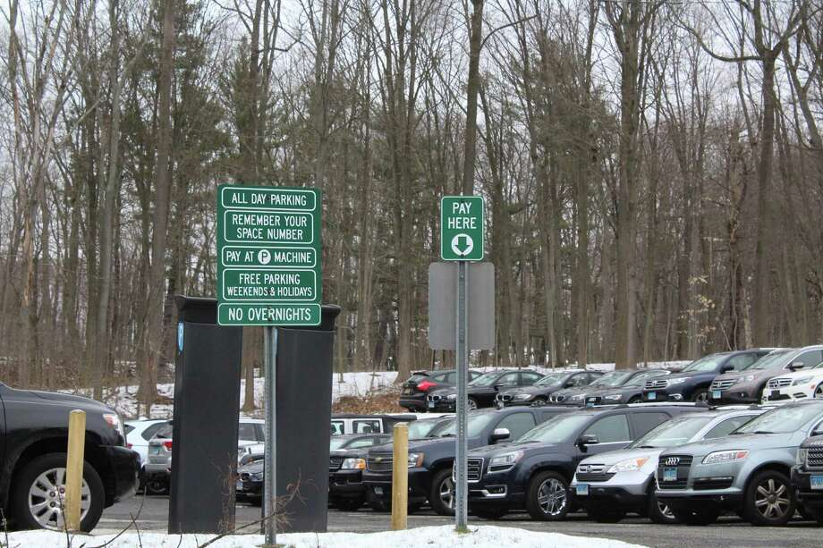 38 spots went from meter parking spaces to permit only spaces at Talmadge Hill Road parking lot effective June 1, 2018. Photo: Humberto J. Rocha /Hearst Connecticut Media / New Canaan News