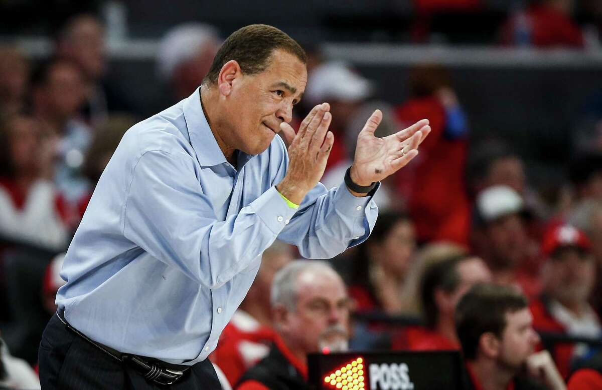 UH coach Kelvin Sampson's team has risen to No. 6 in the coaches' poll and No. 8 in the Associated Press poll.