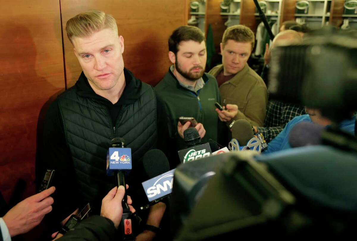 New York Jets quarterback Josh McCown talks to reporters in the locker room in Florham Park, N.J., Monday, Dec. 31, 2018. The search for a new coach has begun for the New York Jets after Todd Bowles was fired Sunday night. (AP Photo/Seth Wenig)