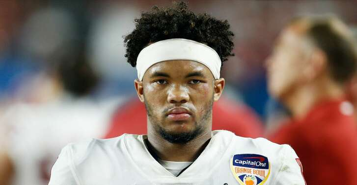 MIAMI, FL - DECEMBER 29:  Kyler Murray #1 of the Oklahoma Sooners reacts in the fourth quarter during the College Football Playoff Semifinal against the Alabama Crimson Tide at the Capital One Orange Bowl at Hard Rock Stadium on December 29, 2018 in Miami, Florida.  (Photo by Michael Reaves/Getty Images)