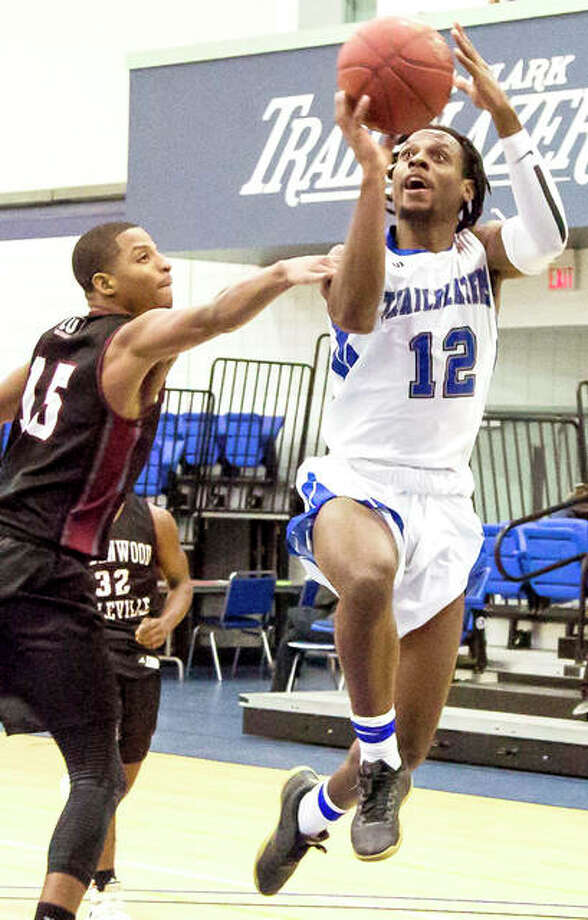 Jalen Morgan of Lewis and Clark scored 24 points in his team's 113-51 victory over Southeastern Illinois College Wednesday night in Harrisburg. Photo: Jan Dona | Telegraph File