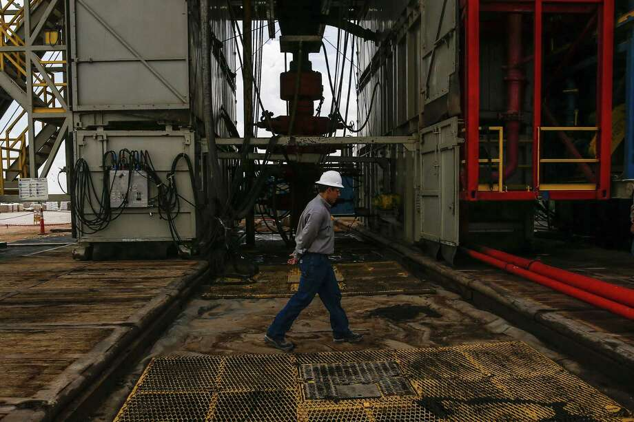 Drilling rig operators are making budget cuts and bracing for the worst as a global supply glut of crude oil and falling demand due to the coronavirus pandemic are expected to cause the U.S. rig count to plummet. Photo: Michael Ciaglo, Staff / Houston Chronicle / Michael Ciaglo