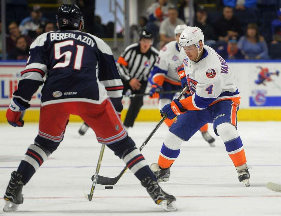 The Bridgeport Sound Tigers are offering all veterans and active military personnel free tickets to Saturday's game with the Hartford Wolf Pack on Saturday, Jan. 12, 2019. Photo: /