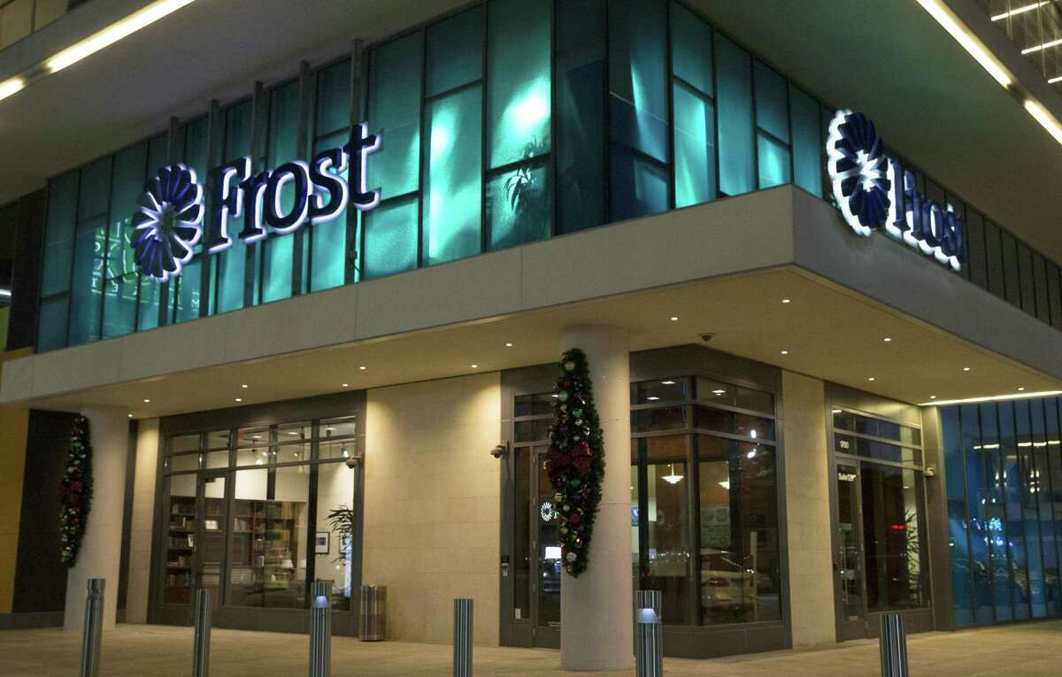 The Frost Bank branch at 1700 Post Oak Boulevard is photographed on Wednesday, Jan. 9, 2019, in Houston.