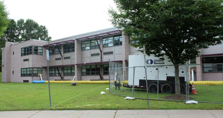 A rental industrial strength dehumidification system has been set up at Coleytown Middle School to address the school's ongoing issues with mold growth. Photo taken on Sept. 14. Photo: Sophie Vaughan / Hearst Connecticut Media / Westport News