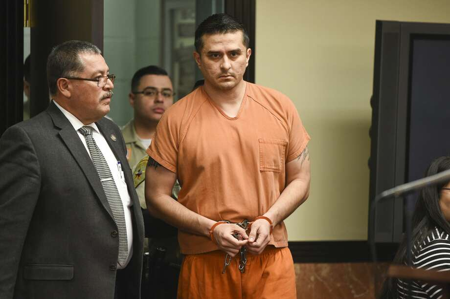 Juan David Ortiz appears in the 406th District Court for his arraignment hearing on Thursday, Jan. 10, 2019. Photo: Danny Zaragoza/Laredo Morning Times