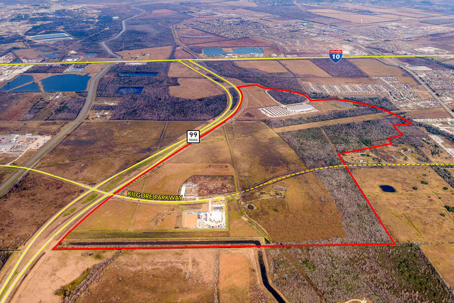 Adkisson Group has acquired nearly 225 acres along the Grand Parkway, just south of Interstate 10 East, from Houston-based Parkside Capital for the development of Bay 10 Business Park. The park is already home to S.A.F.E. Chemicals, Zachary Corp. and National Tube Supply. Photo: Lee & Associates