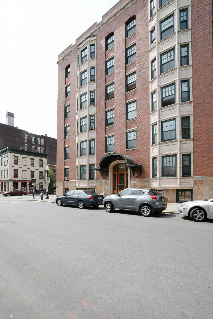 House of the Week: 352 State St., Unit 6A, Albany | Realtor: Colin McDonald of Berkshire Hathaway HomeServices Blake | Discuss: Talk about this house
