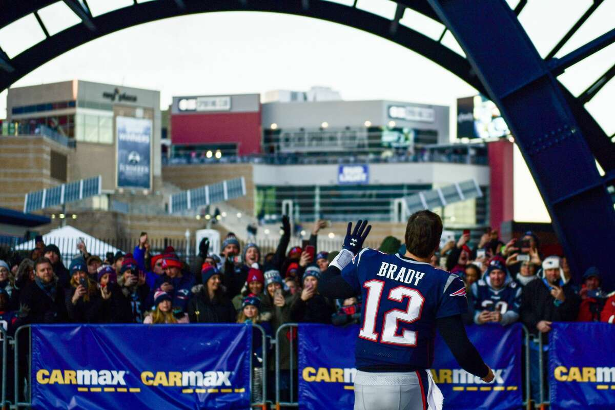 L.A. Chargers plus-4 at New England Patriots 23-20