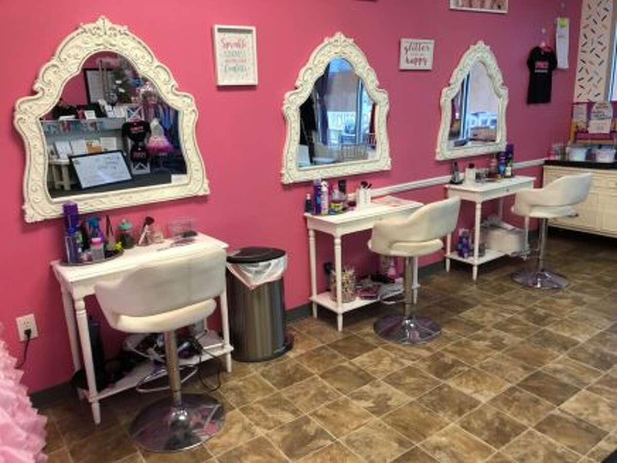 Times Union blogger Kristi Gustafson Barlette took her five-year-old daughter to Sprinkles - a Clifton Park, N.Y. spa, salon and party space for kids - as a special gift in January 2019.