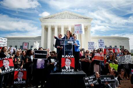 Harris, joined by Democratic Sens. Richard Blumenthal (left) of Connecticut and Mazie Hirono of Hawaii, criticizes Brett Kavanaugh at a September rally. Photo: Tom Brenner / New York Times 2018