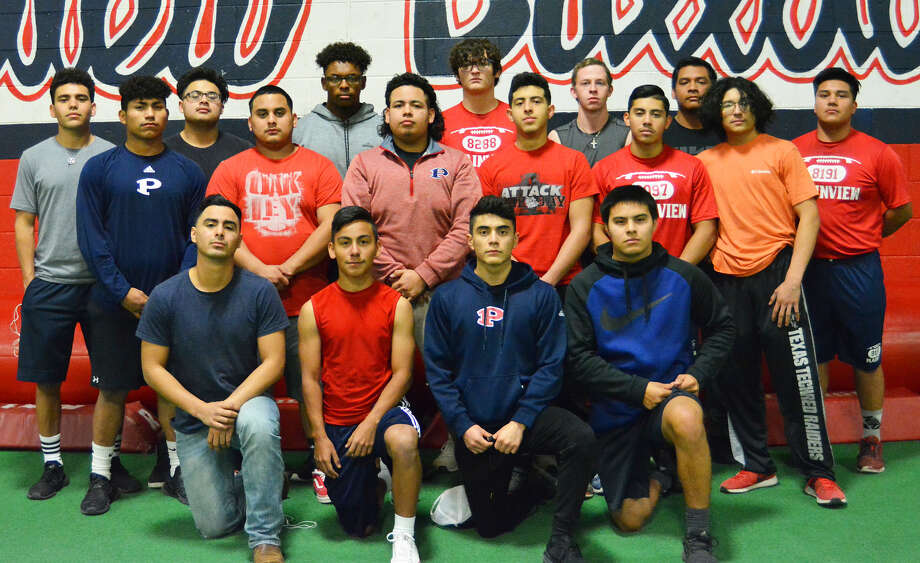 The 2019 Plainview Bulldogs powerlifting team competing in the season-opening Plainview Invitational on Saturday includes (front, l-r): John Chavez, Santos Figueroa, Avery Gallegos and Gustavo Garcia. Middle row: Sergio Marquez, Bryan Martinez, Adrian Ramirez, Faustino Lopez, Dagan Barrela and Cysco Barrera. Third row: Eric Soto, Timothy Dominguez, D'shae Casias, Hunter Welch, Skyler Steen, Josue Alonso and Joel Chavez. Photo: Alexis Cubit/Plainview Herald