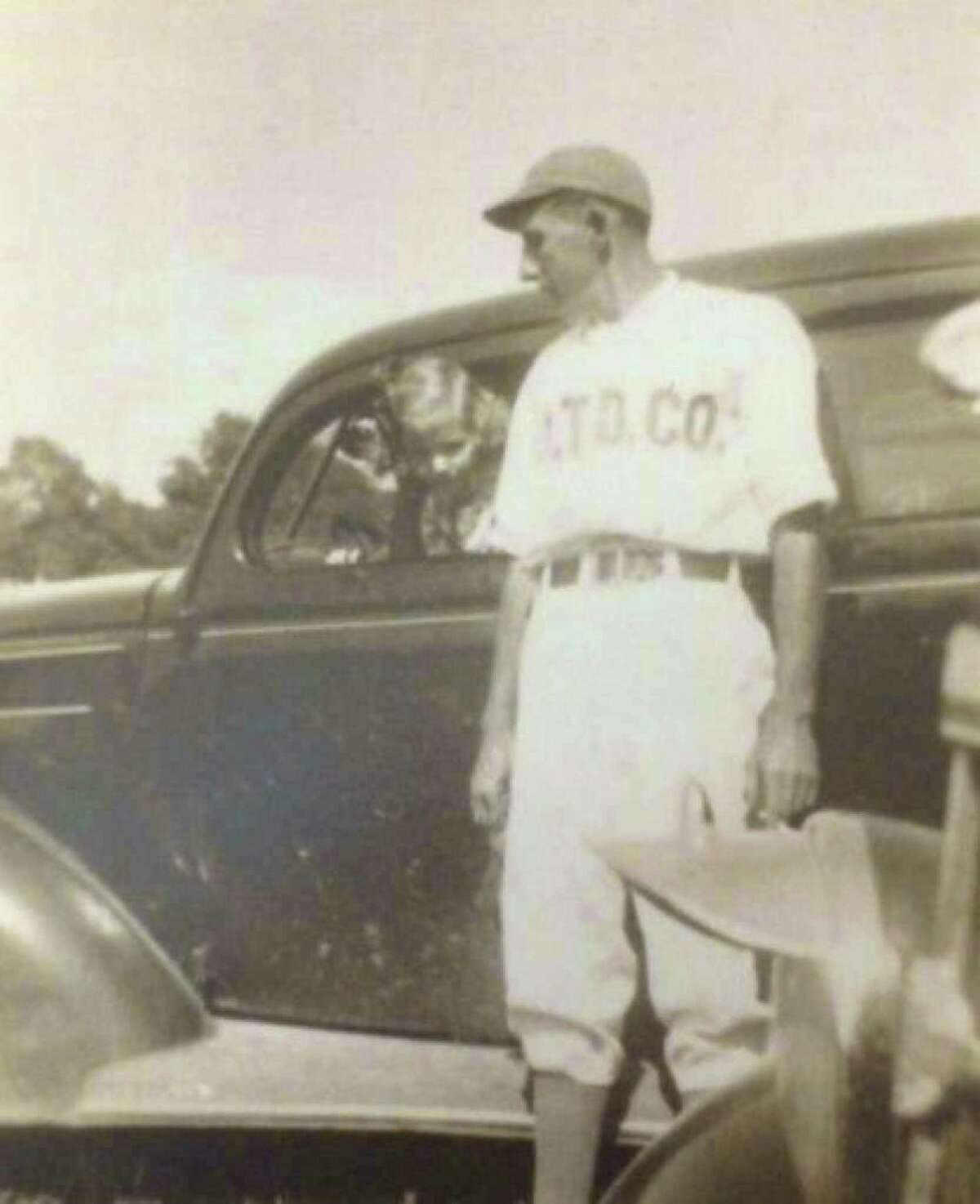 Dan M. Houlihan played baseball for the South Texas Development Company in the Conroe oilfield.