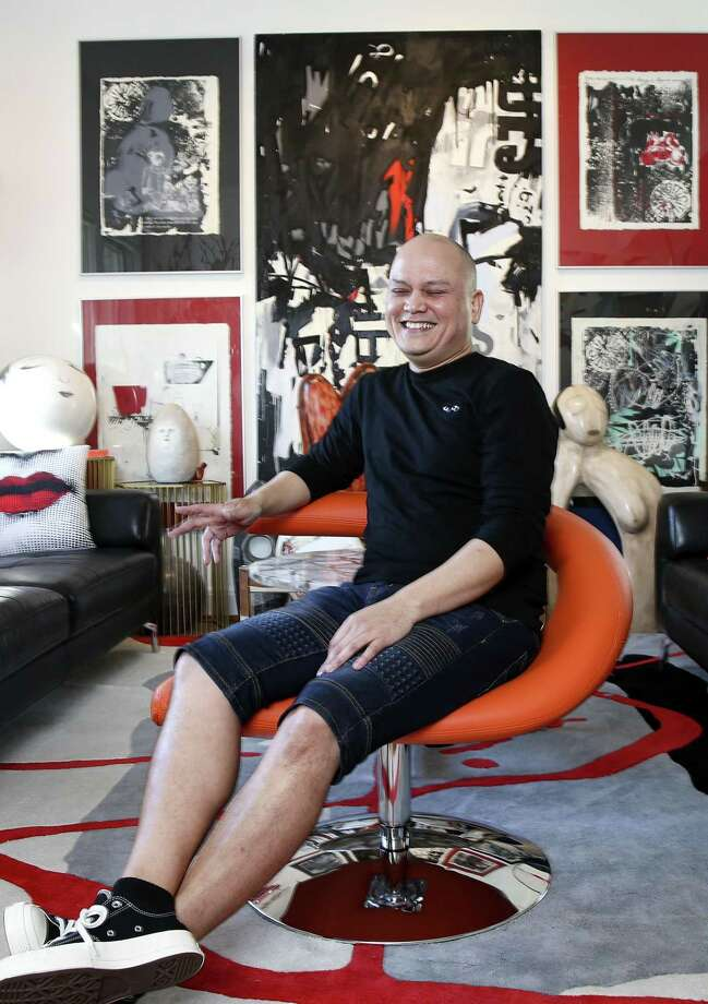 Houston Community College fashion professor and art collector Alex Chapman in his home on Wednesday, Jan. 9, 2019 in Houston. Photo: Elizabeth Conley, Houston Chronicle / Staff Photographer / © 2018 Houston Chronicle