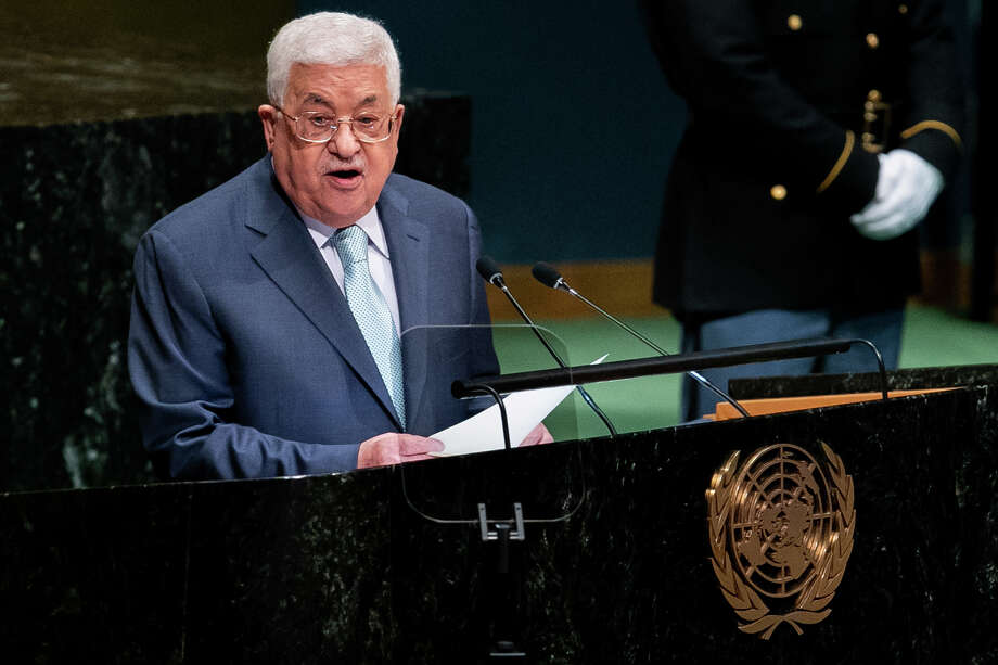 Mahmoud Abbas, Palestinian Authority president, speaks at the United Nations General Assembly meeting in New York, on Sept. 27, 2018. Photo: Bloomberg Photo By Jeenah Moon / Bloomberg