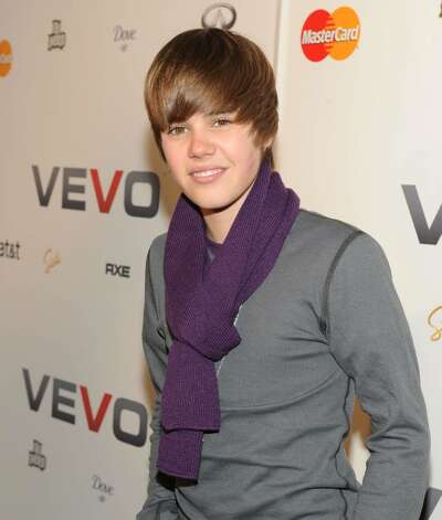 NEW YORK - DECEMBER 08:  Singer Justin Bieber attends the launch of VEVO, a music-video website, at Skylight Studio on December 8, 2009 in New York City.  (Photo by Jason Kempin/Getty Images) *** Local Caption *** Justin Bieber Photo: Jason Kempin, Getty Images / 2009 Getty Images