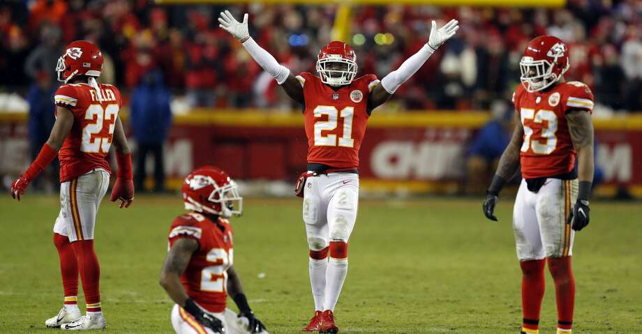 Kansas City Chiefs safety Eric Murray (21) gestures during the second half of an NFL divisional football playoff game against the Indianapolis Colts in Kansas City, Mo., Saturday, Jan. 12, 2019. (AP Photo/Charlie Neibergall) Photo: Charlie Neibergall/Associated Press