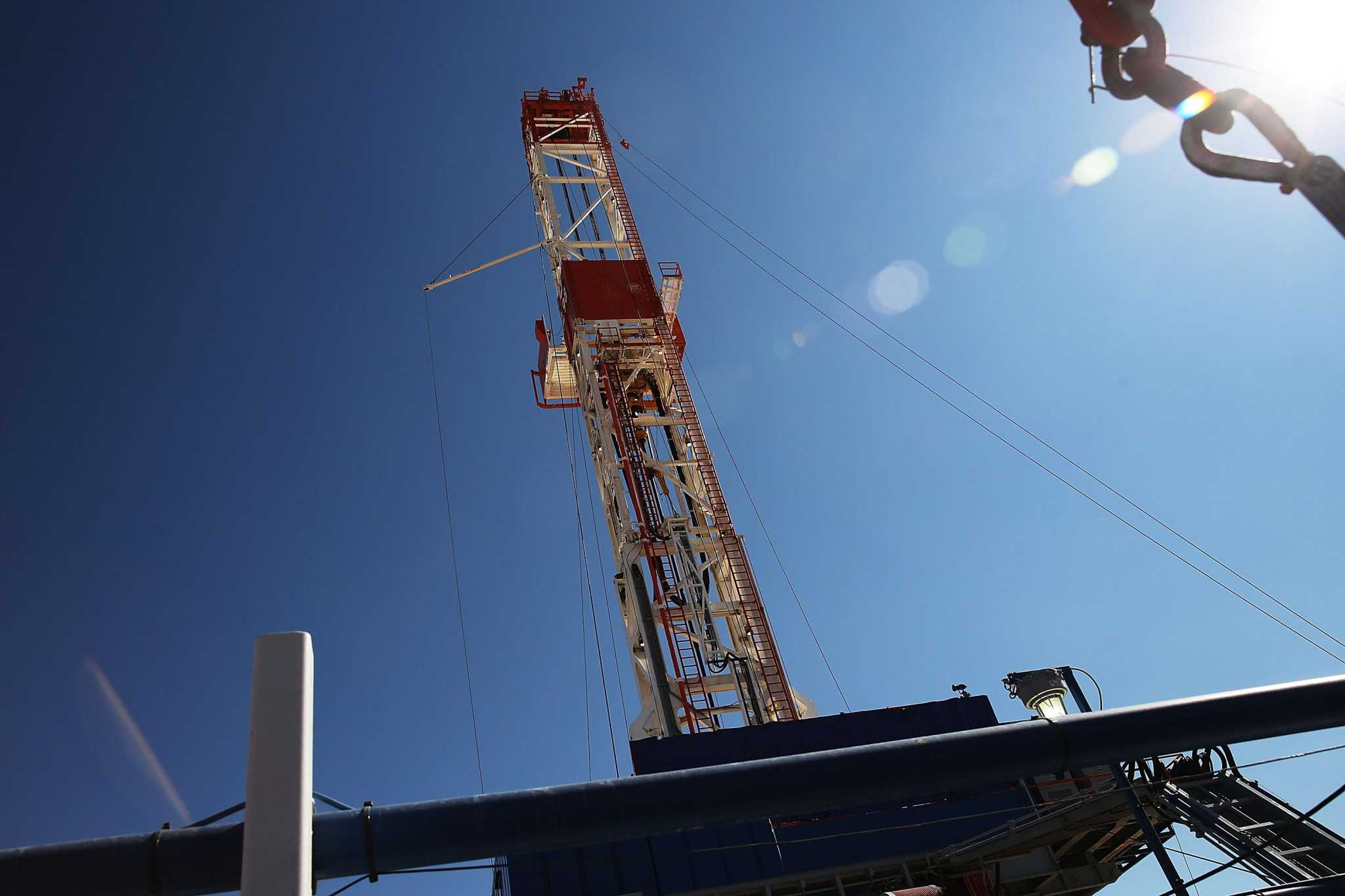 U.S. rig count falls by double digits