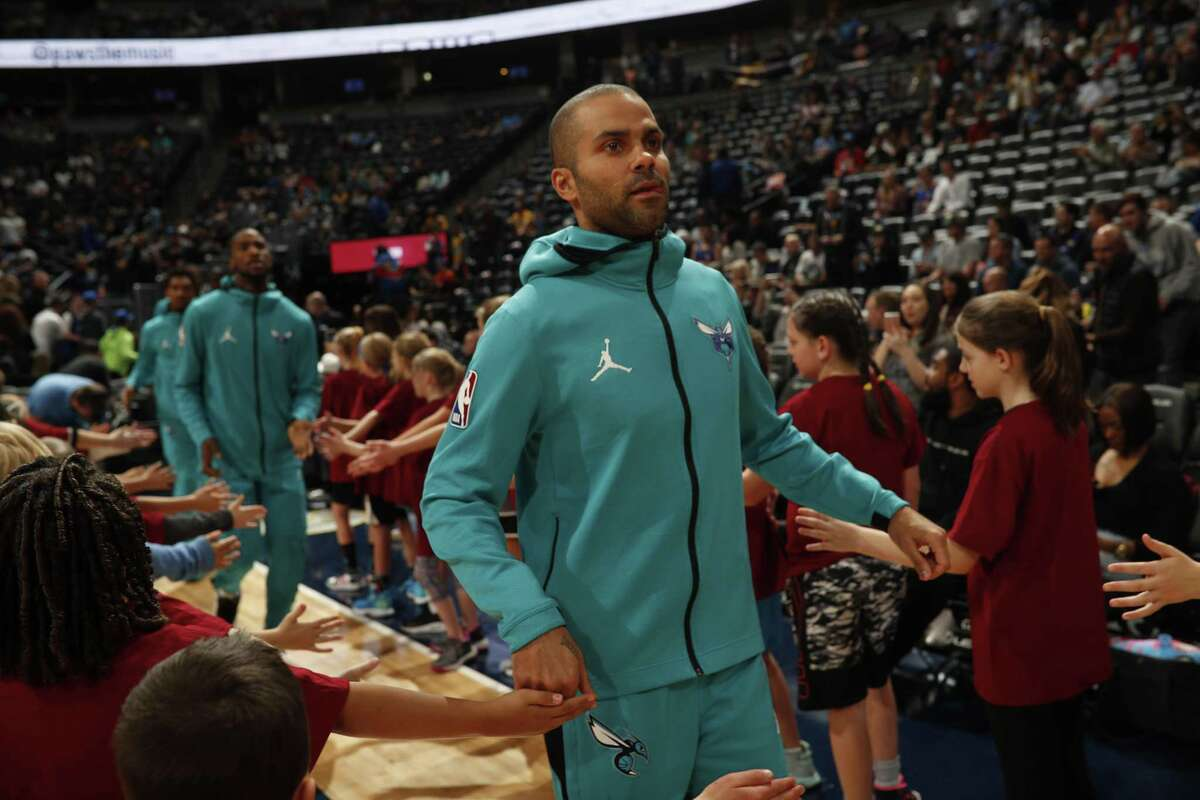 Charlotte Hornets guard Tony Parker (9) in the first quarter of an NBA basketball game Saturday, Jan. 5, 2019, in Denver. (AP Photo/David Zalubowski)