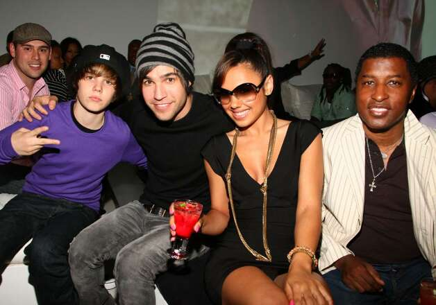 "NEW YORK - MAY 20: ***EXCLUSIVE***  Justin Bieber, Pete Wentz, Kristinia DeBarge, and Kenneth ""Babyface"" Edmonds attends the Island Def Jam Spring Collection party at Stephen Weiss Studio on May 20, 2009 in New York City. (Photo by Theo Wargo/Getty Images for Island Def Jam) *** Local Caption *** Justin Bieber;Pete Wentz;Kristinia DeBarge;Kenneth ""Babyface"" Edmonds Photo: Theo Wargo, Getty Images / 2009 Getty Images"