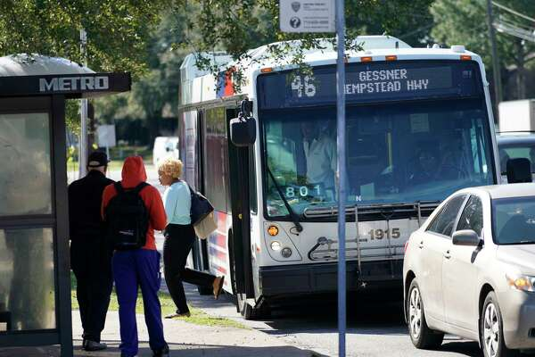 Study finds Houstonians waiting for the bus - HoustonChronicle.com on