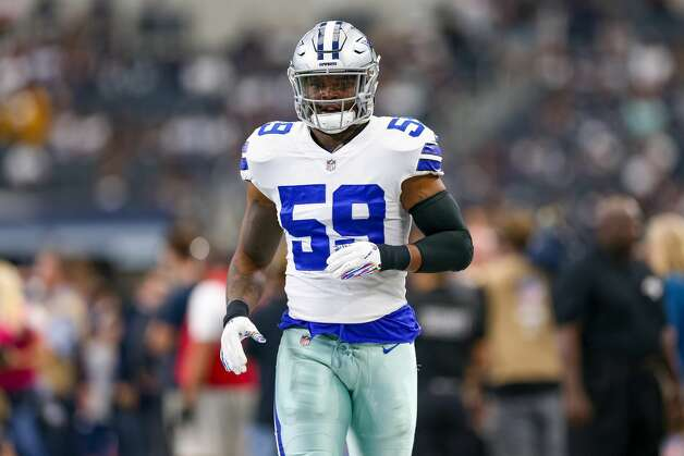 Chris Covington, linebacker 2018 base salary: $480,000 (plus $156,308 signing bonus)  Contract: 4 years, $2.6 million ($156,308 guaranteed) Can become a free agent after 2021 season. Photo: Icon Sportswire/Icon Sportswire Via Getty Images