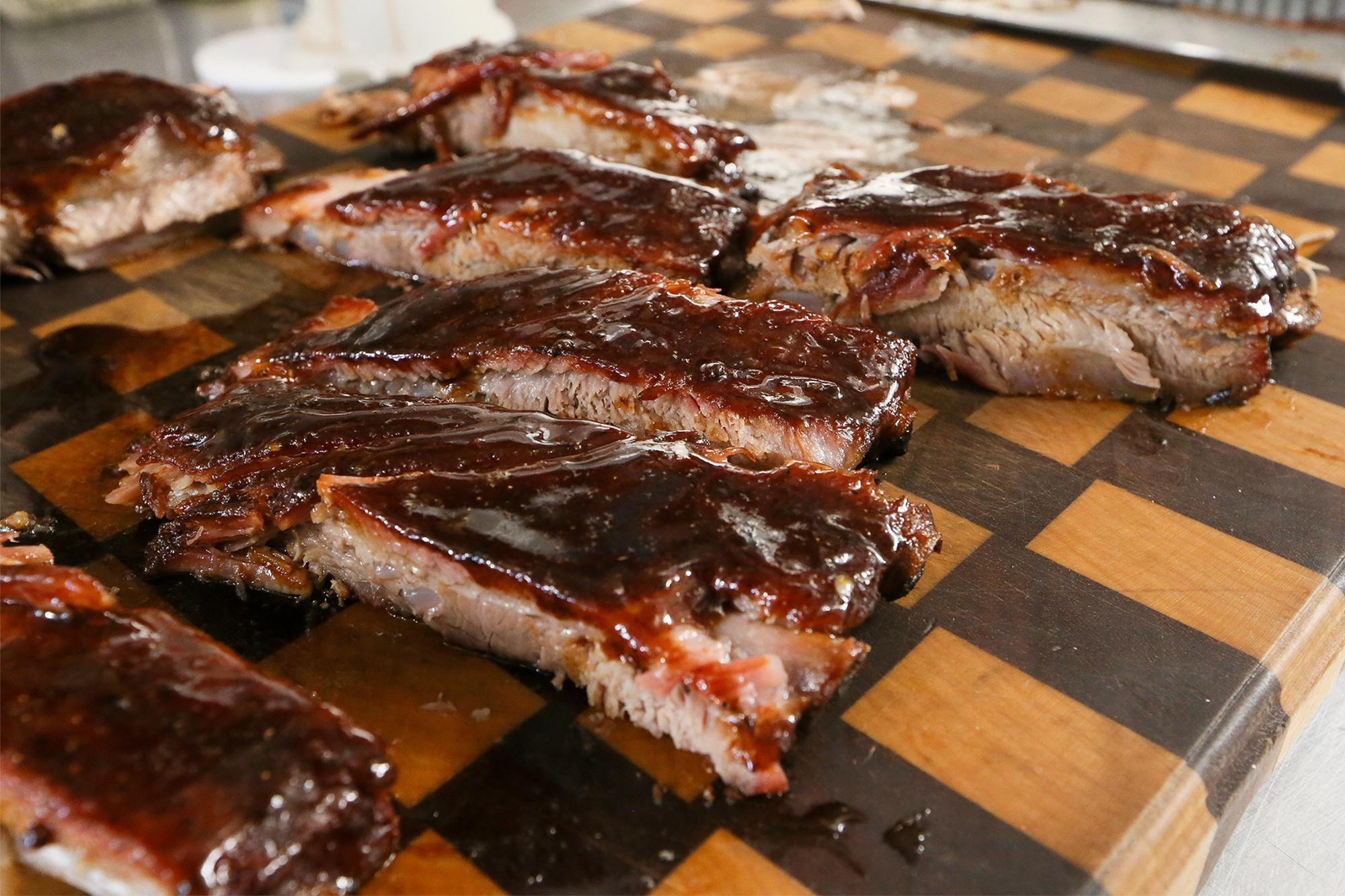 San Antonio Barbecue Rib King Aiming For A San Antonio