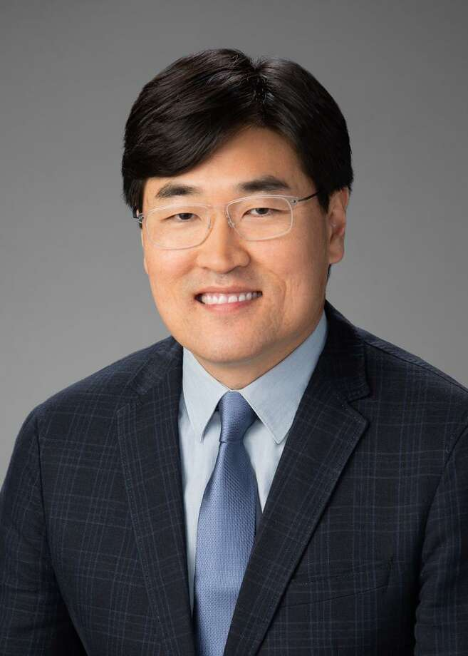 Han Kim, Transwestern, has joined the commercial real estate firm's national marketing group as senior creative director. Photo: Transwestern / Copyright 2019, Gittings