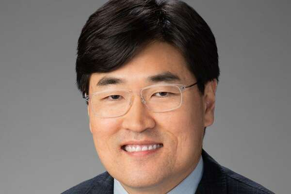 Han Kim, Transwestern, has joined the commercial real estatefirm?'s national marketing group as senior creative director.