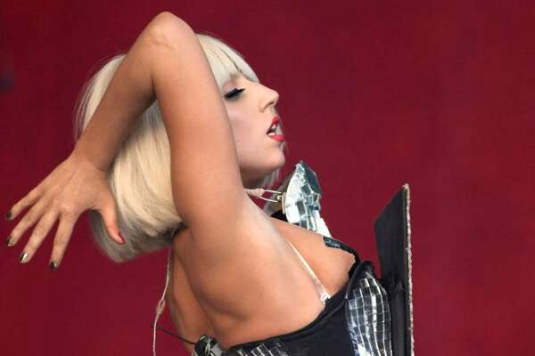 GLASTONBURY, ENGLAND - JUNE 26: Lady GaGa performs on the Other Stage at the Glastonbury Festival on June 26, 2009 in Glastonbury, England. (Photo by Matt Cardy/Getty Images) *** Local Caption *** Lady GaGa