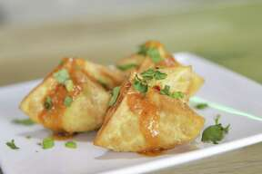 Singapore Chili Crab Rangoon at Sing