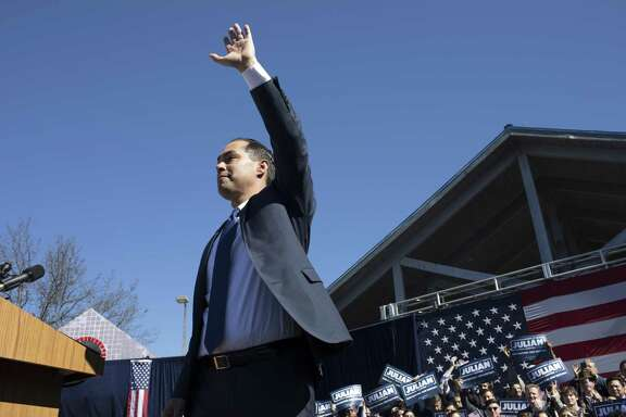 Juli‡n Castro, former HUD Secretary and former mayor of San Antonio, announces his run for President of the United States at Plaza Guadalupe in San Antonio on Saturday, Jan. 12, 2019.