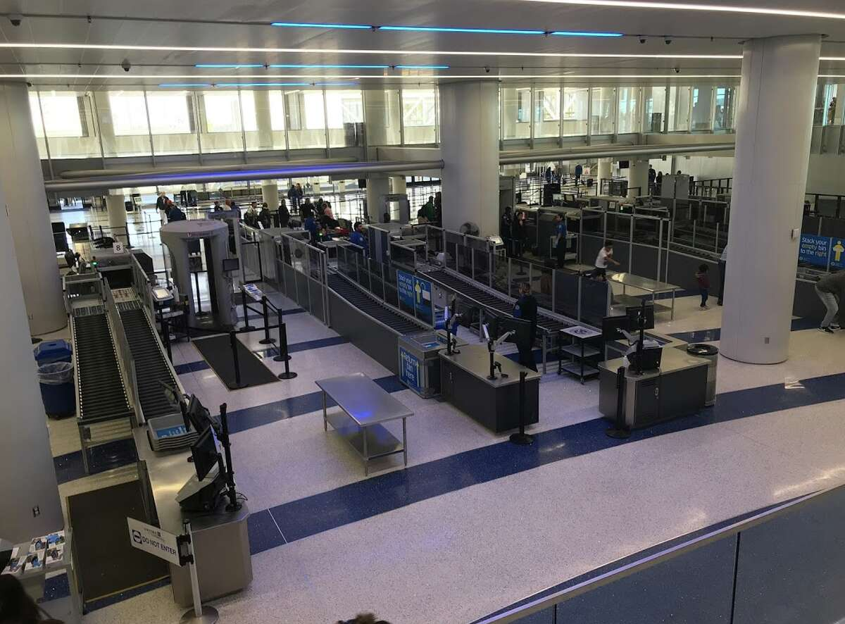 A very quiet Friday, January 11 at United's Terminal 7 at LAX